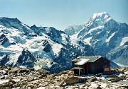 Mueller Hut with Mount Cook